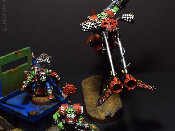 Ork Waaaghboss in a familyshot for scale